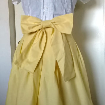 Pleated Skirt/ Retro Style with Optional Bow