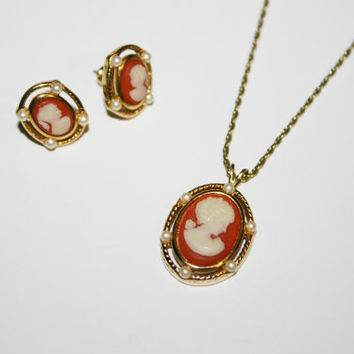 Trifari Cameo Necklace and Earrings set | Gold tone with pearl accents | Free US Shipping