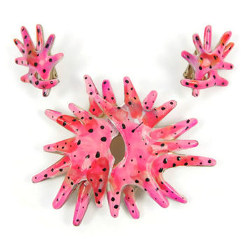 Amoeba - Coro Brooch & Earrings Demi-Parure, Neon Pink Enameled Pin and Clip-On Set, Atomic, Abstract Modernist, Weird Alien Life Form