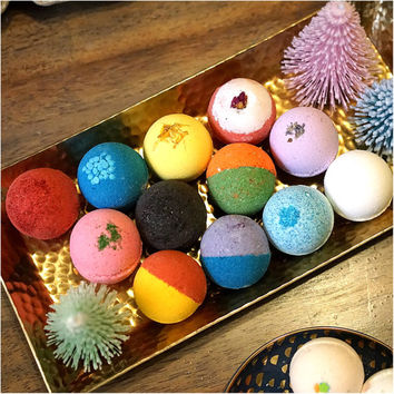 100 Pack Bath Bomb Set Assorted Colors Scents Ultra Lush Handmade Fizzies Shea & Cocoa Butter Great For Dry Skin Freshly Handmade Everyday!