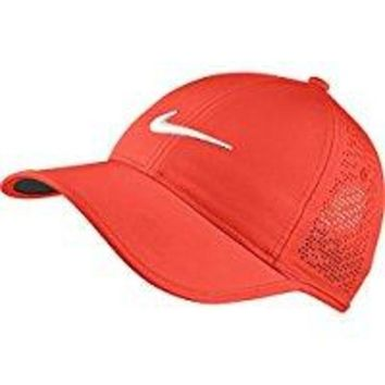 ONETOW NIKE Women's Perforated Hat