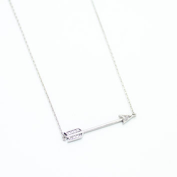 Arrow stone necklace