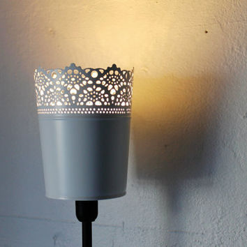 Queen Anne's Lace - White Mesh Metal Standing Table Top Light Lamp Shade - UpCycled BootsNGus Lighting Fixture