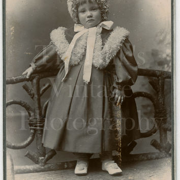 CDV Photo Victorian Young Little Girl with Bonnet, Fancy Outfit Portrait - Hellis & Sons London England - Carte de Visite Antique Photograph