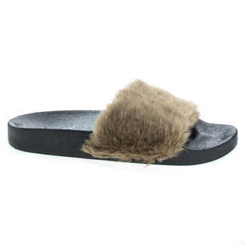 Flatter01m Taupe Jelly by Bamboo, Taupe Faux Fur & Rubber Footbed Slide In Sandal w Toe Band