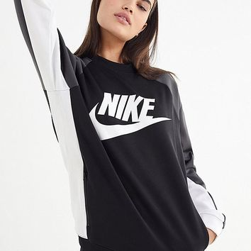 Nike Colorblock Pullover Sweatshirt | Urban Outfitters