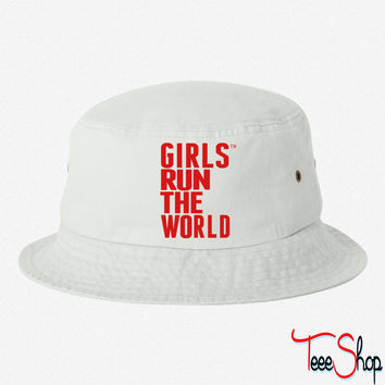 GIRLS RUN THE WORLD bucket hat