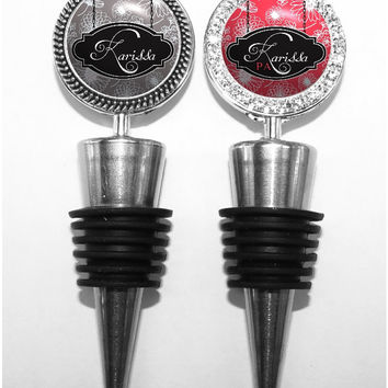 A332 - Personalized Wine Stopper with Chalk Flowers in 6 Colors