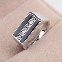Fashion Contracted Alloy Platinum Plated Black Oil Rhinestone Men's Statement Ring
