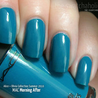 MAC ? Alice + Olivia Collection Summer 2010: Swatches and Review | The Swatchaholic . a blog about nail polish and makeup