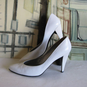 Vintage 80s Charles Jourdan Shoes 1980s White Leather High Heel Pump Shoes 8B