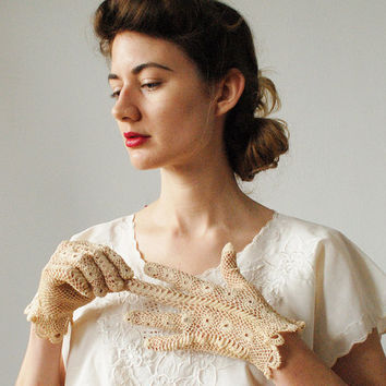Vintage Crocheted Antique Ivory Gloves 1950s by thespeckledperch