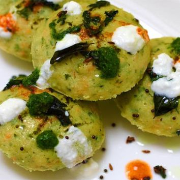 Recipes - Semolina Spinach Idlis