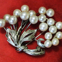 Mikimoto Pearl Sterling Silver Brooch Akoya Ocean Pearls Japanese Japan Circa 1950s  Flowers Floral Bouquet Mid Century Wedding Bride Bridal