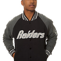 Mitchell & Ness Jacket Oakland Raiders Backward Pass Fleece in Black and Grey