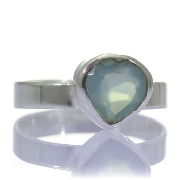 Chalcedony Ring, 925 Sterling Silver, Unique only 1 piece available! SIZE 7.50 (inner diameter 17.67mm), color blue, weight 2.5g, #39983