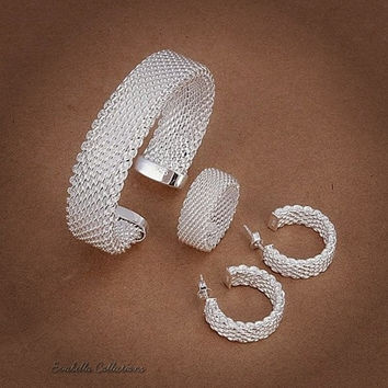 Love At First Sight - The Cuff Bracelet, Ring and Earrings set