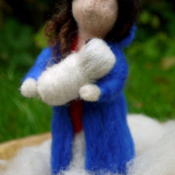 Felt nativity scene. Felt Mary and Jesus. Needle felted nativity. Needle felted Mary and Jesus. Needle felted Mary. Wool felted Mary.
