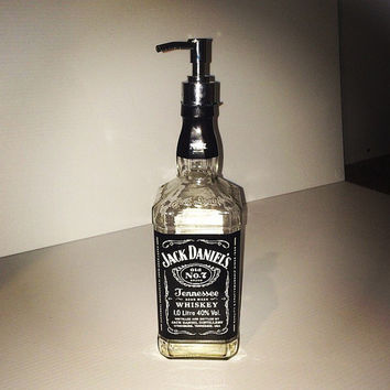 Jack Daniels Soap Dispenser - 700ml - Upcycled Bottle - Bathroom Home Decor, Lotion Dispenser, Recycled Bottle, Makers Mark Lotion Dispenser