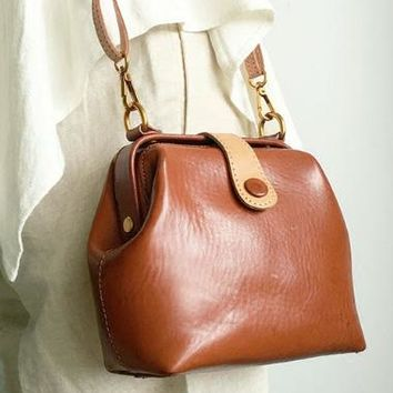 Genuine Leather Cute Doctor Bag Crossbody Bag Shoulder Bag Women Girl Fashion Leather Purse