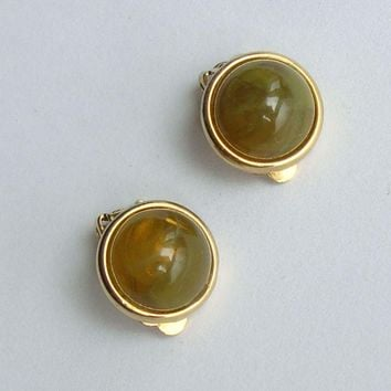 Faux Green Tourmaline Lucite Clip On Earrings Yellow Flashes Vintage Jewelry