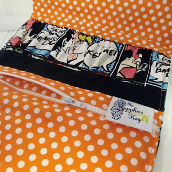 EO / Nail Polish / Cosmetic Travel Pouch - Kiss Comic Print