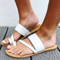 Afternoon Getaway Sandals: White