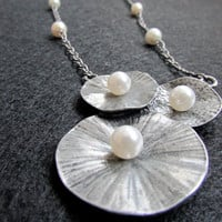 Statement Single Strand Pearl Necklace