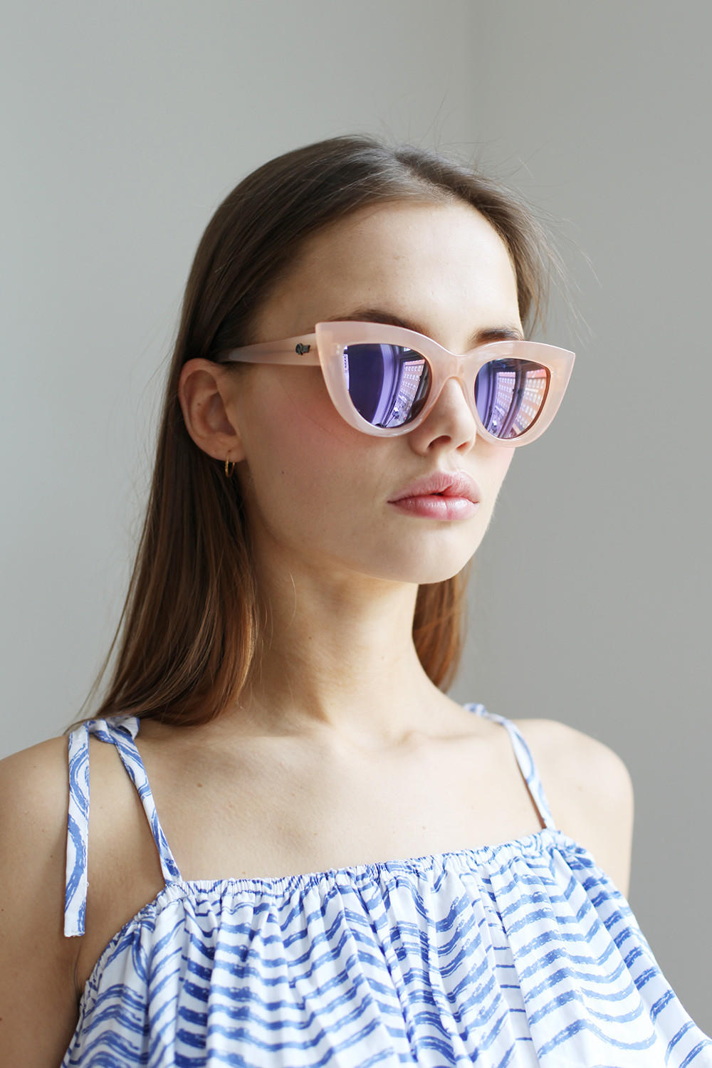 Quay Kitti Sunglasses  quay kitti sunglasses pink from the whitepepper