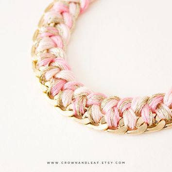 Pink and Gold / Braided Chain Bracelet / Curb Chain / Woven Bracelet / Bridesmaid / Gold Chain Bracelet / Friendship Bracelet / Light Pink