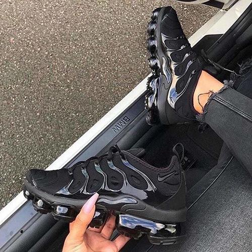 new product bf654 4c463 Trendsetter Nike Air Vapormax Plus Woman Men Fashion Running Sport Shoes  Sneakers