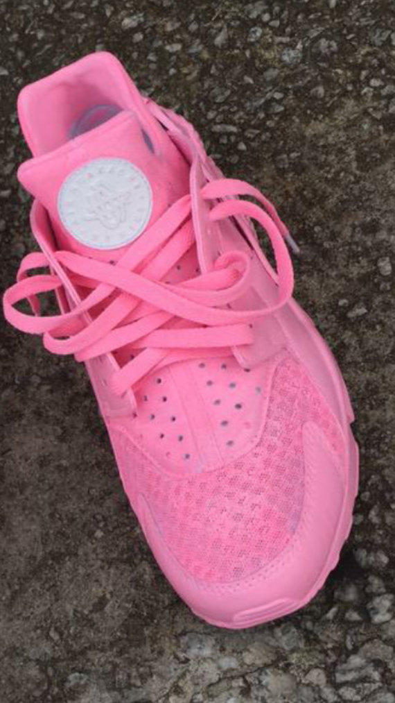 Custom Pink Huaraches from YvetteCouture on Etsy