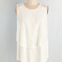 Mid-length Sleeveless Loveliest Look Top