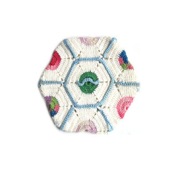 Pot Holder, Hot Pad, Vintage Hexagonl, Decorative Crocheted Pastel Cotton, Sweeter Than Silicone, Vintage Bride, Home Decor, Retro Chic