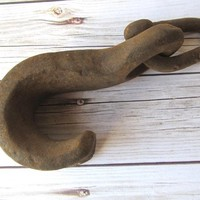 VINTAGE - Hand Forged Metal Hook with Link - Collectibles