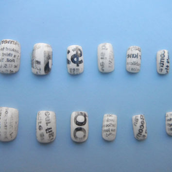 Newspaper Manicure False Nail Set by MermaidGlitterDesign