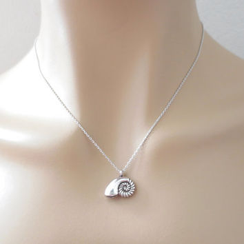 Mermaid, Seashell, Necklace, Little, Mermaid, Ariel, Voice, Necklace, Ariel, Necklace, Silver, Mermaid, Minimal, Necklace, Cute, Necklace
