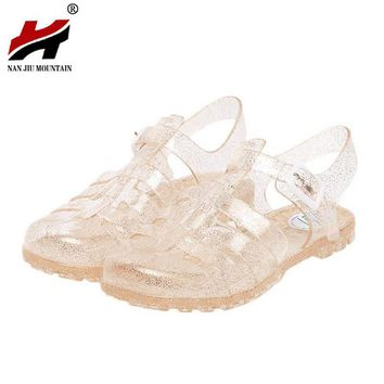 2017 summer new fashion retro crystal thick with transparent plastic Women sandals T-R