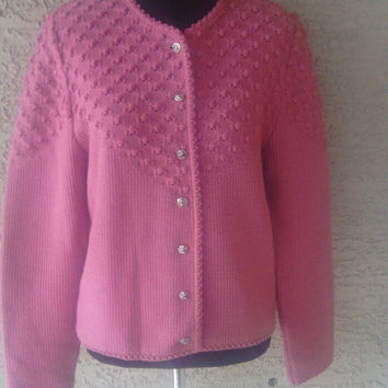 Vintage 70s cardigan sweater - pink - button front - made in Germany - 70s vintage - gold leaf buttons - pure new wool great condition