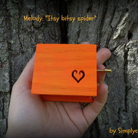 itsy bitsy spider, music box, loveheart, heart music box, new mom gift, musicbox, musical box, music box songs, simplycoolgifts