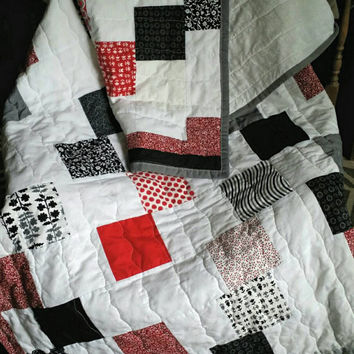 handmade quilt - throw quilt -   twin quilt - homemade quilts - kids quilt - twin bedding - lap quilt - patchwork quilt - modern quilt
