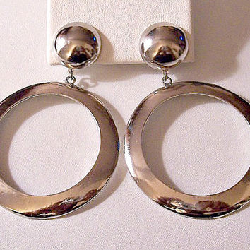 Flat Band Big Hoops Pierced Post Stud Earrings Silver Tone Vintage Extra Large Round Domed Top Button Brush Lined Curved Back Rings