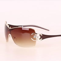 2017 Italy Oversized Sunglasses Women Brand Designer Diamond Big Frame Sun Glasses For Womens Gold Retro Woman Sunnies Shades