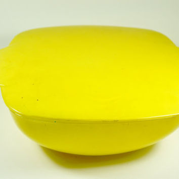 Vintage Yellow Square Pyrex Covered Bowl or by LilytheDogVintage