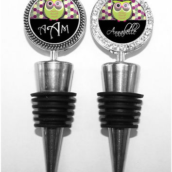 A173 - Personalized Honeycomb Owl Wine Stopper