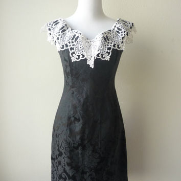 Jessica mcclintock metallic lace dress