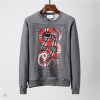 GUCCI 201 autumn and winter new personality snake print wild long-sleeved round neck pullover sweater grey