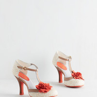 Vintage Inspired Absolutely Afflated Heel in Taupe