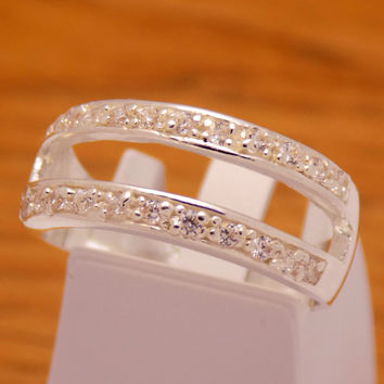 Classic Sterling Silver White Cubic Zirconia Band Ring 925 Hallmark Fashion Stylish Elegant Beautiful Handmade Handcrafted Size 7.25 US / O