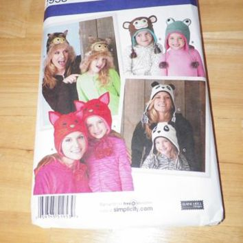 Simplicity 1953 Misses and Child's Hats Pattern in 3 Sizes Cute Animals
